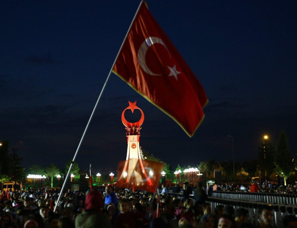 Sevdamız Türkiye 1024x787 - Türk Ve Türkiye İle İlgili Resimli Sözler - Türk Ve Türkiye ile ilgili sözler, guzel-sozler