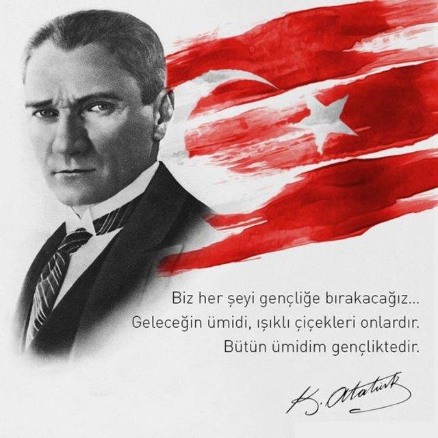 Biz herşeyi gençliğe bırakacağız.. Geleceğin ümidi Işıklı çiçekleri onlardır. Bütün ümidim gençliktedir. Mustafa Kemal Atatürk - Mustafa Kemal Atatürk Resimli Sözler - Atatürk Sözleri Ve Fotoğraf Arşivi, unlu-sozleri, guzel-sozler