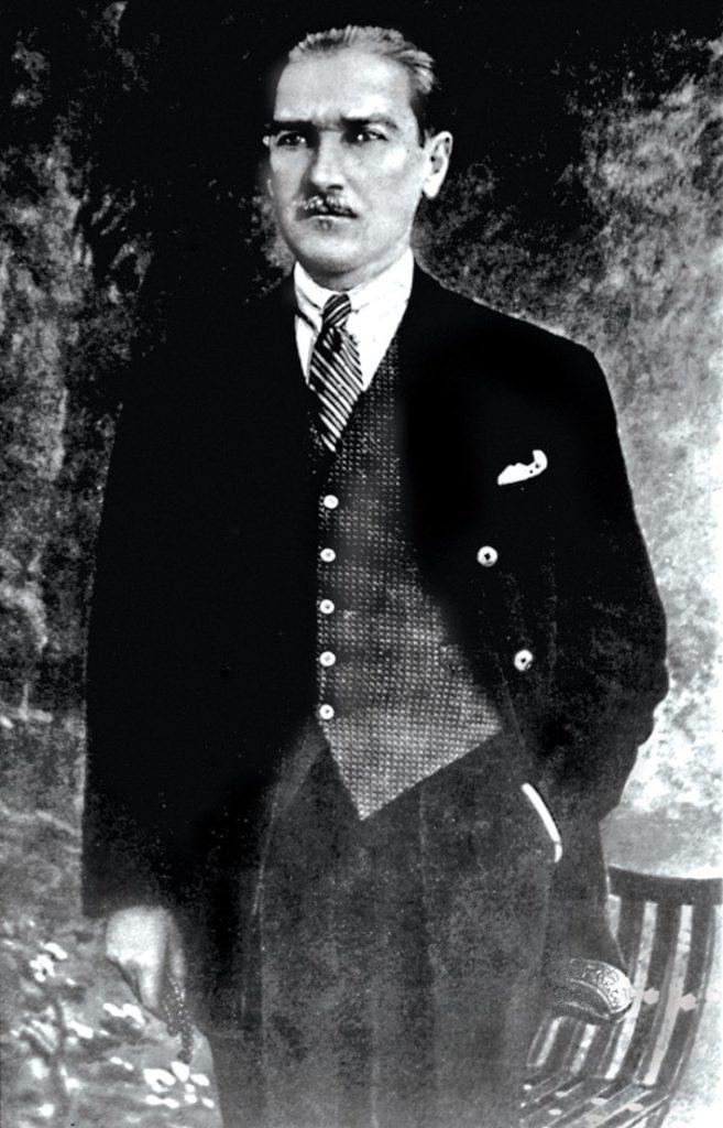 Egemenlik verilmez alınır. 657x1024 - Mustafa Kemal Atatürk Resimli Sözler - Atatürk Sözleri Ve Fotoğraf Arşivi, unlu-sozleri, guzel-sozler